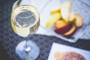 víno a ovoce